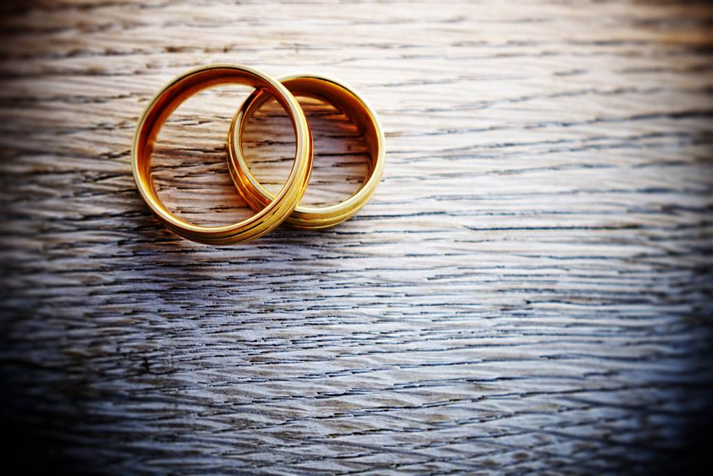 170606-better-marriage-two-rings-se-258p_224043366e7b7864d0f5069b851d8482.social_share_1024x768_scale